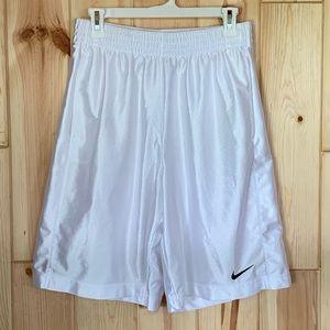 Nike Basketball Men's White Shorts M